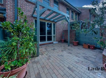 8/3 Ovens Street Griffith